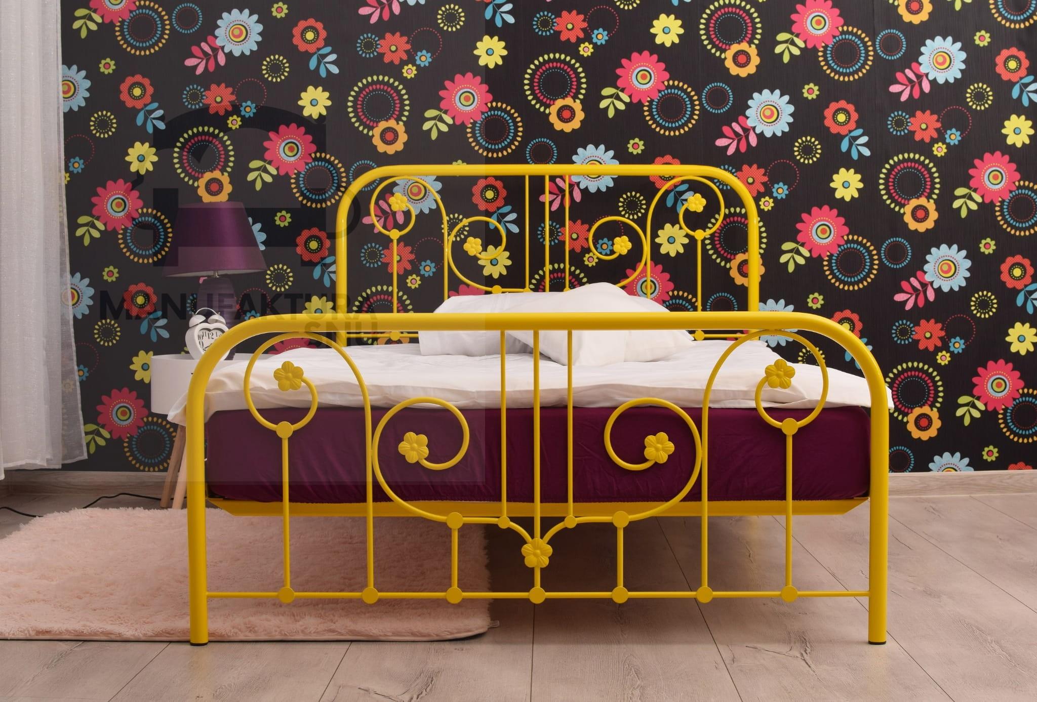 Romantyczne łóżko Metalowe Retro 120x200 Cm